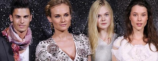 Gwiazdy na pokazie mody Chanel (FOTO)