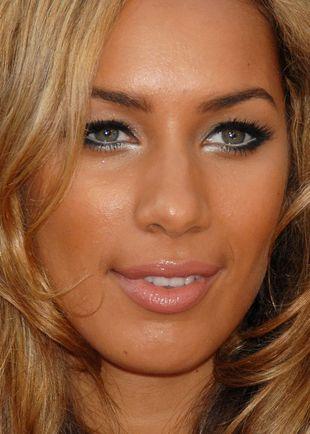 Czy tak wygląda pobita Leona Lewis?