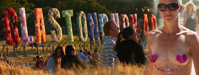 Festiwal w Glastonbury to wioska miłośników muzyki (FOTO)