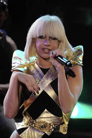 Lady Gaga lubi... dziewczęcych facetów