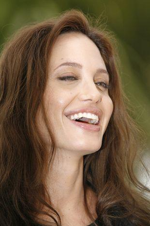 Angelina Jolie rodzi!