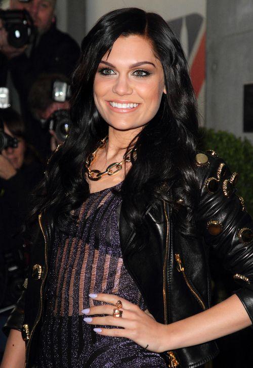Jessie J ogoliła się na łyso! (FOTO)