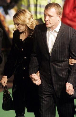 Guy Ritchie dostanie fortunę za 8 lat małżeństwa