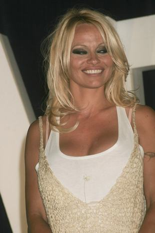 Pamela Anderson jak babcia