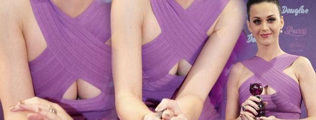 Seksowny dekolt Katy Perry (FOTO)