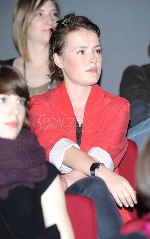 Olga Frycz nie wygląda na damę (FOTO)