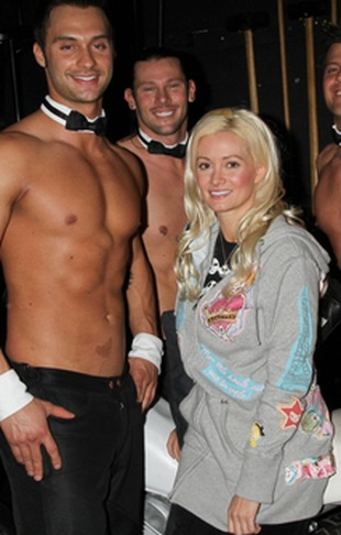 Holly Madison wśród muskularnych Chippendales'ów (FOTO)