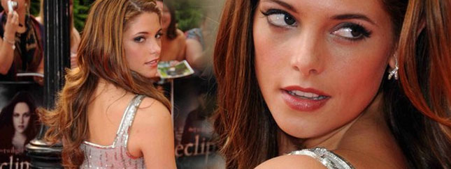 Skąpana w srebrze Ashley Greene (FOTO)