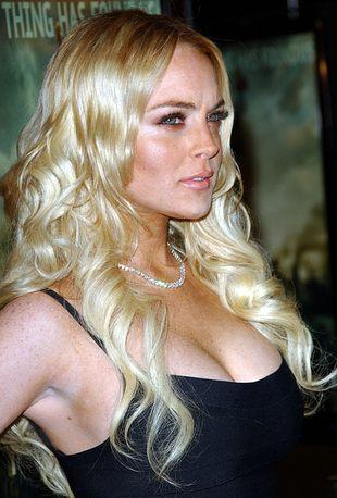 Ojciec Lindsay Lohan już handluje wynikami DNA