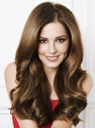Cheryl Cole i jej doczepiane włosy reklamują szampony