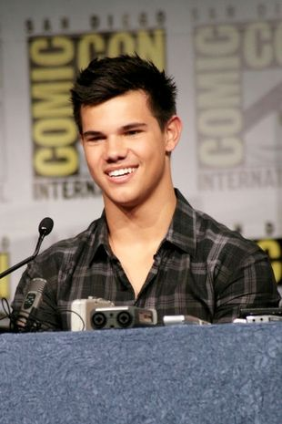 Czy Taylor Lautner jest gejem?