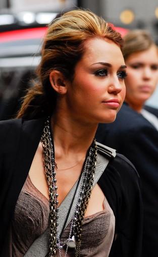 Miley Cyrus piła piwo