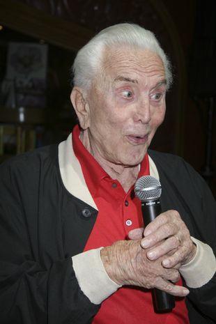 Kirk Douglas jest najstarszym bloggerem na MySpace