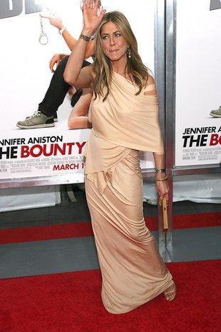 Jennifer Aniston zazdrości ciała Brooklyn Decker?
