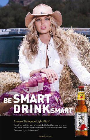 Jessica Simpson reklamuje piwo