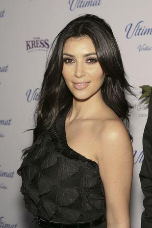 Purpurowa Kim Kardashian