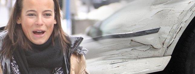Anna Mucha miała stłuczkę swoim nowiutkim mercedesem (FOTO)