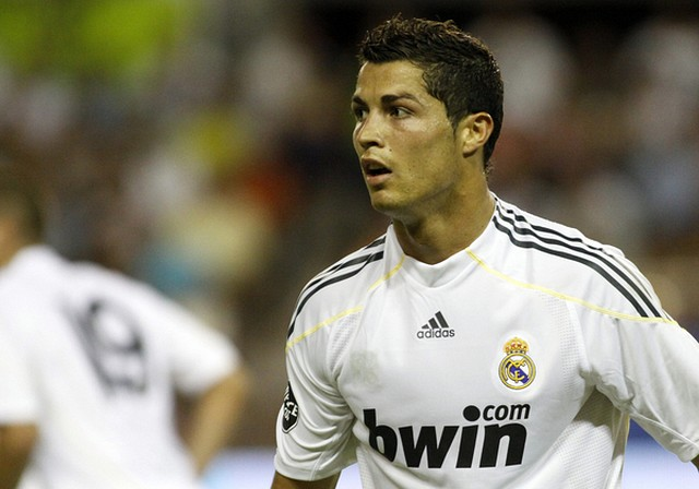 Cristiano Ronaldo zapłacił surogarce, by urodziła mu dziecko