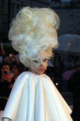 Lady Gaga to strach na wróble (FOTO)