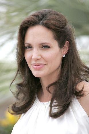 Angelina Jolie uciekła do szpitala przed dziećmi