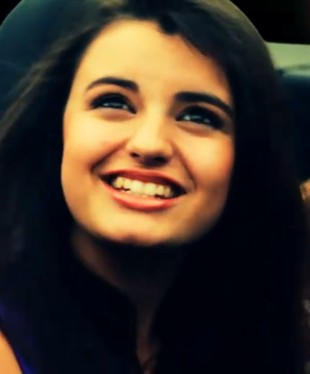 Poznajcie Rebeccę Black, najgorszą piosenkarkę na YouTube