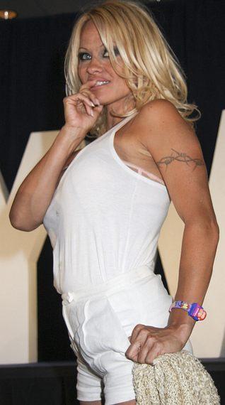 Pamela Anderson nazwała Jessikę Simpson suką