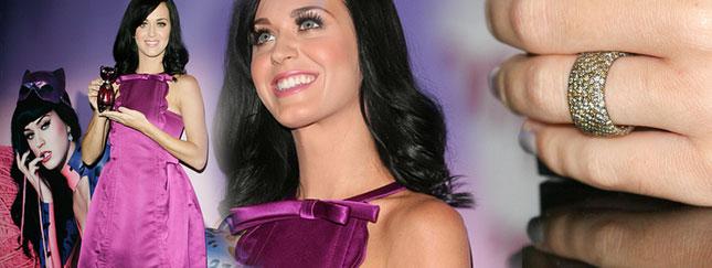 Katy Perry promuje swoje perfumy (FOTO)