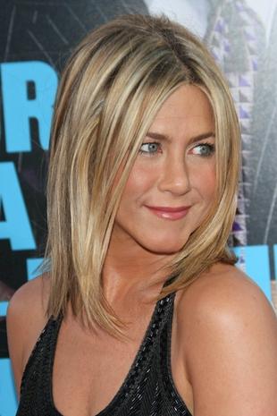 Aniston przyznała się do operacji plastycznej nosa (VIDEO)