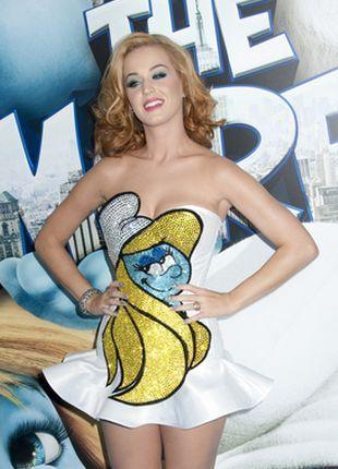 Blond Katy Perry w stroju Smerfetki (FOTO)