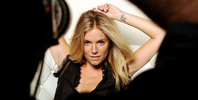 Sienna Miller twarzą Hugo Bossa (FOTO)