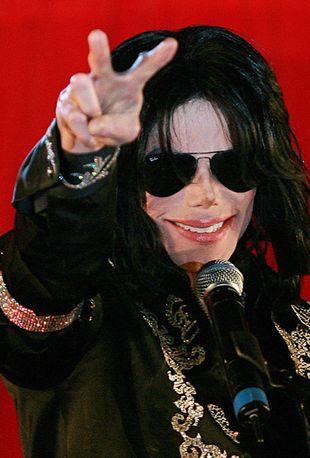 Ktoś sprzedał zdjęcie z autopsji Michaela Jacksona!