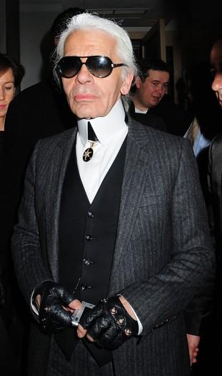 Karl Lagerfeld broni futer i chudzielców
