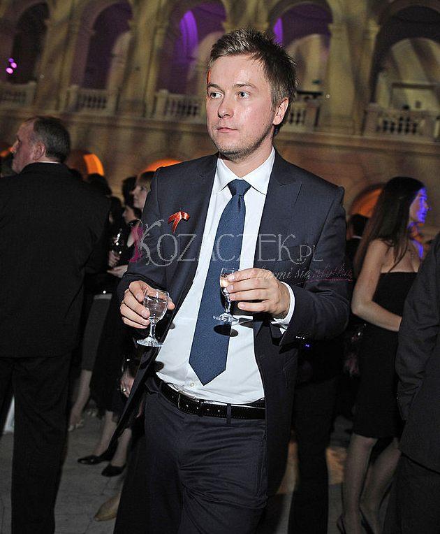 Tomasz Kin dba, żeby mu nie zabrakło (FOTO)