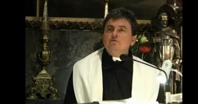 Ksiądz Natanek dostarcza muzycznych inspiracji (VIDEO)