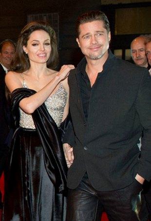 Jolie i Pitt z dziećmi