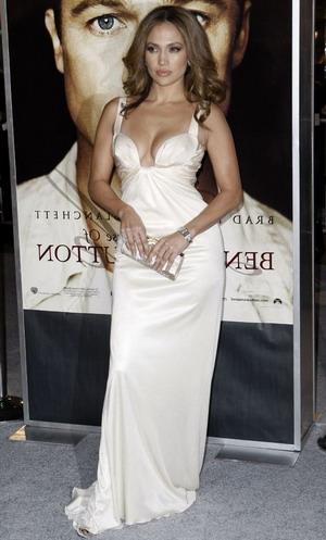 Jennifer Lopez nie może o siebie zadbać