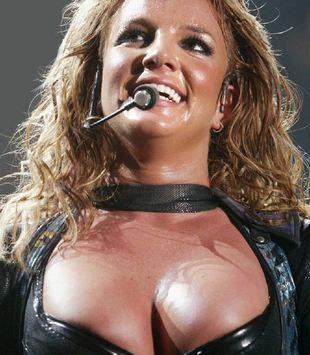 Szok! Britney Spears chce zmniejszyć piersi!