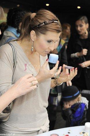 Kto przyszedł przetestować nową linię kosmetyków? (FOTO)