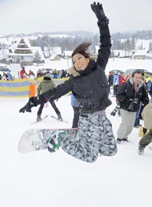 Patrycja Kazadi szaleje na snowboardzie (FOTO)