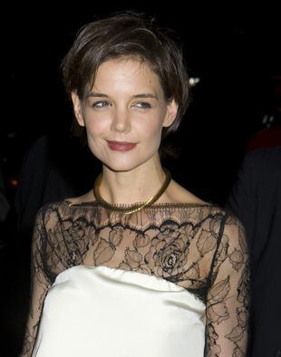 Katie Holmes znów kopiuje Victorię Beckham?
