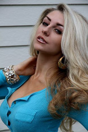 Courtney Stodden prawie jak Pamela Anderson (FOTO)