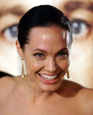 Angelina Jolie na premierze filmu (FOTO)