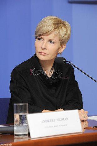 Joanna Racewicz pojawiła się na konferencji prasowej (FOTO)