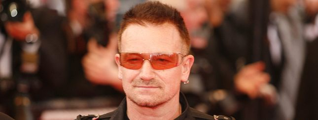 Bono ojcem chrzestnym dzieci Angeliny i Brada