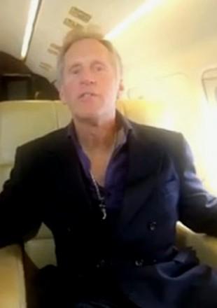 Męska, dorosła wersja Rebecki Black? (VIDEO)