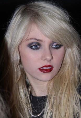 Taylor Momsen została twarzą perfum Johna Galliano