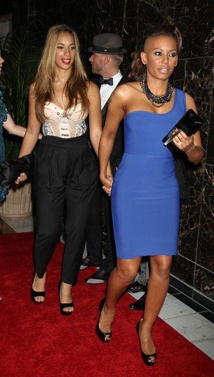 Melanie Brown i Leona Lewis - psiapsiółki za rączkę (FOTO)
