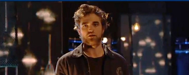 Robert Pattinson upodabnia się do Pitta [VIDEO]