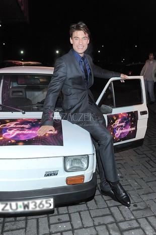 Paweł Staliński też dostał biały samochód (FOTO)
