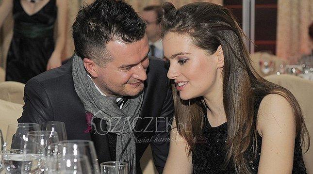 Maria Niklińska roztacza swe wdzięki (FOTO)
